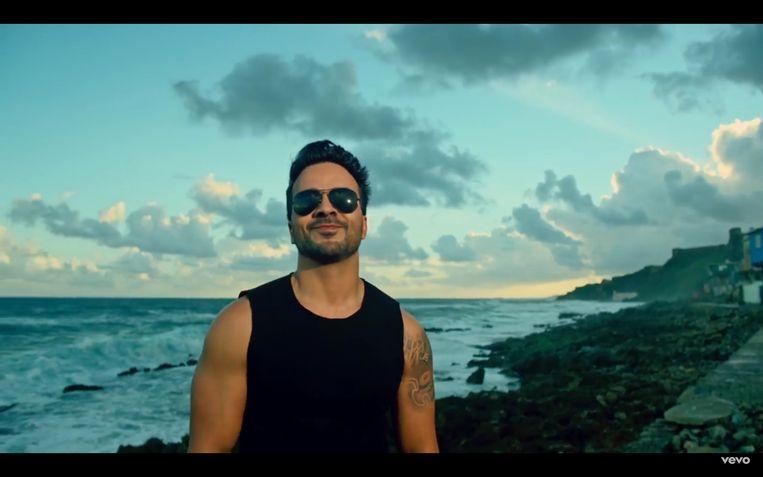 Luis - Despacito - Fonsi brengt je in tropische sfeer.