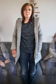Cindy (50) wordt als 'verward persoon' gezien: 'De hulp die ik kreeg is wegbezuinigd'