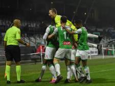FC Dordrecht stunt met 3-1 zege tegen Jong Ajax