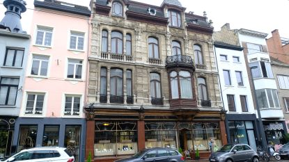 Juwelenhuis Ruys en handschoenenwinkel Ganterie A. Boon officieel erkend als monumenten