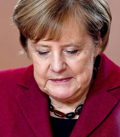 Angela Merkel wacht op een voorstel van May