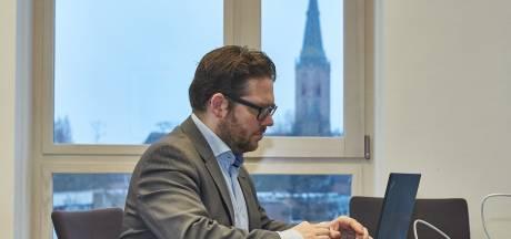 Burgemeester van Lochem roept om rode knop tegen hackers: 'Kwestie van tijd tot Nederland schurend stil staat'