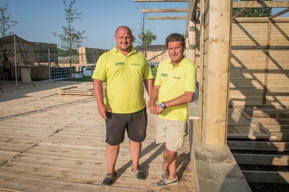 Jurgen Rosseel en Francis Claeys in de pop-up, die op dit moment wordt opgebouwd.