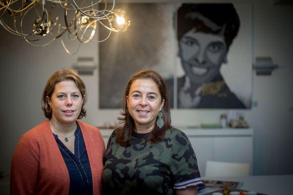 Zus Myriam Thijs (rechts) én Sofie Castermans (links) zetten het werk van een gedreven Erica Thijs verder