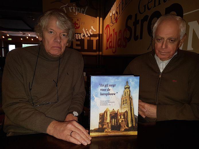 Nand Doms en Johan Ooms met hun vorige boek.