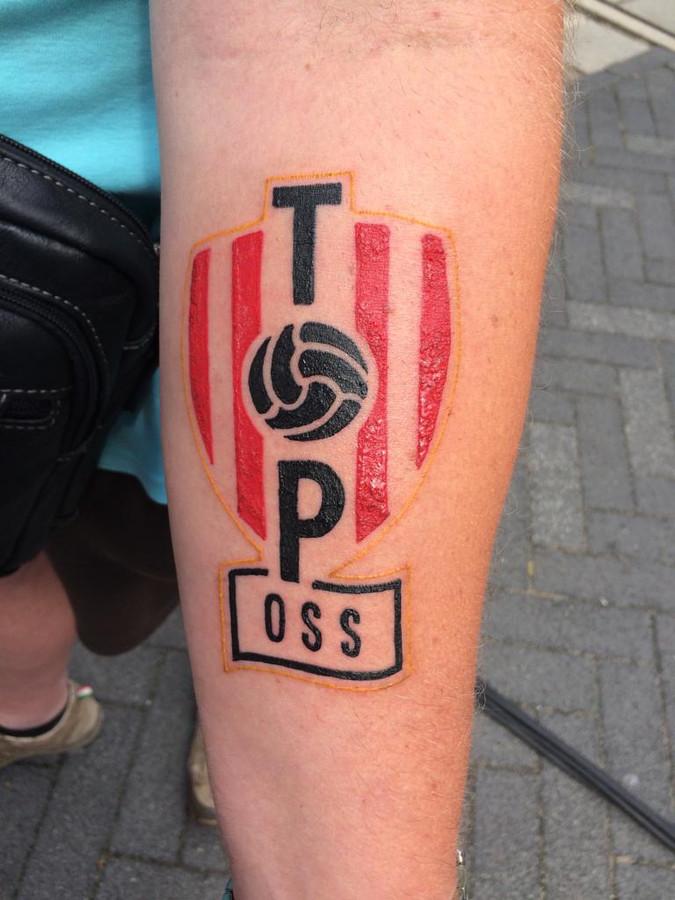 De kersverse tatoeage van Danny van Bergen.