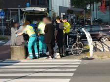 Oudere man gewond bij aanrijding op rotonde De Nieuwe Poort