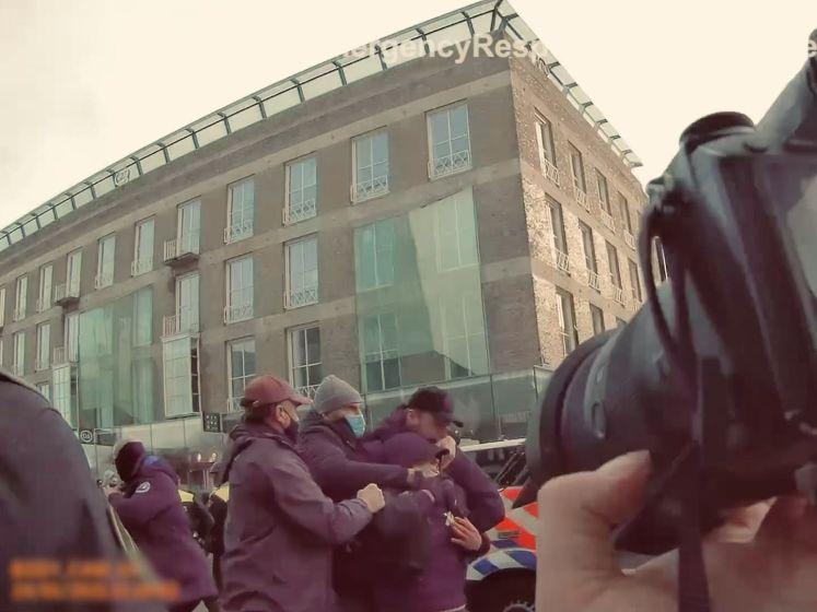 Schokkende bodycambeelden: zo ging het eraan toe tijdens de rellen in Eindhoven