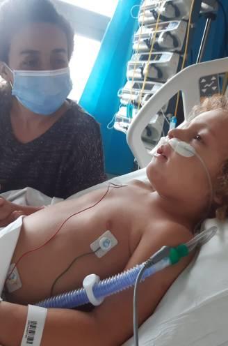 """INTERVIEW. Papa van ernstig ziek coronapatiëntje Kaïs (4) getuigt: """"Pijnlijk om hem zo te zien, maar coma was enige oplossing"""""""