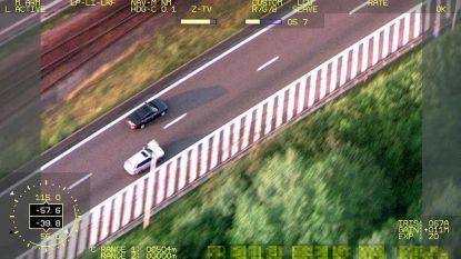 Helikopter achtervolgt in Antwerpen voortvluchtige chauffeur.