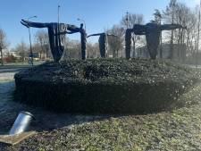 In Apeldoorn hopen ze dat 'laffe' jongeren geen traditie van avondklokrellen maken: 'Zet ze maar een maand vast'