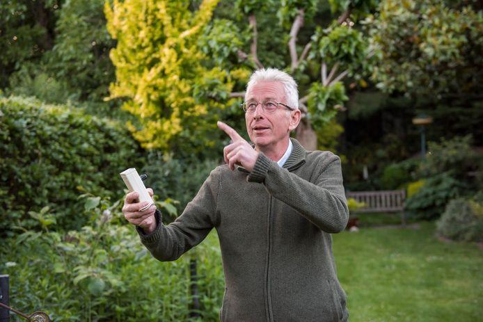 Frans Hijnen doet mee met de landelijke vleermuizentelling.