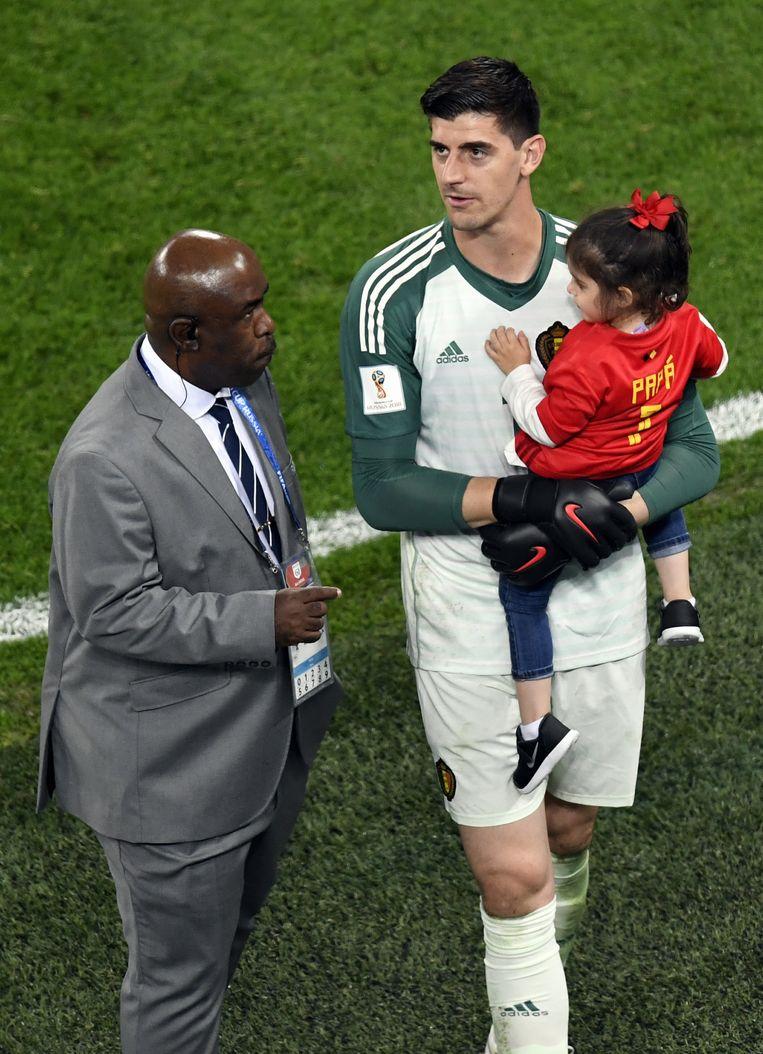 Thibaut Courtois met zijn dochtertje Adriana.