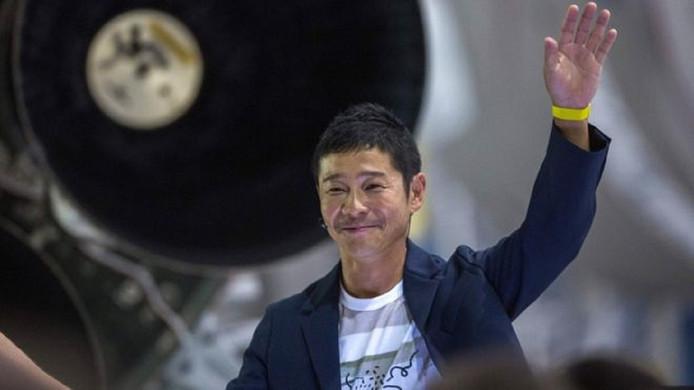 Yusaku Maezawa werd vorig jaar bekend in het westen nadat hij als eerste privépassagier een retourtje naar de man had gekocht met de Space X-raket van Elon Musk.