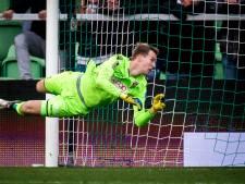Vitesse verlengt contract doelman Houwen met twee jaar