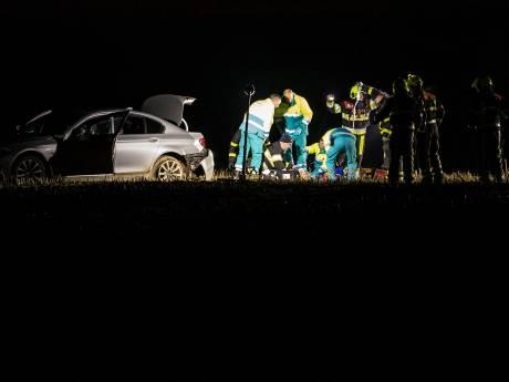 Mysterie: man ligt dood op A73, vrouw zwaargewond in naastgelegen maisveld