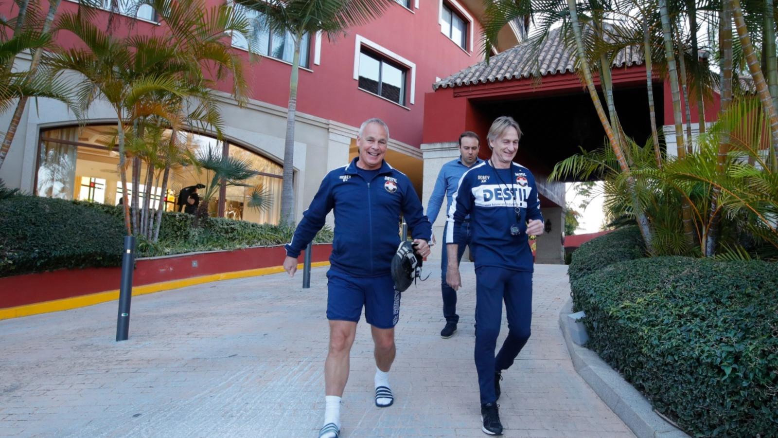 Gery Vink, Joris Mathijsen en Adrie Koster in Marbella.