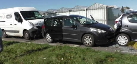 Veel schade en overlast bij kettingbotsing N345 Zutphen