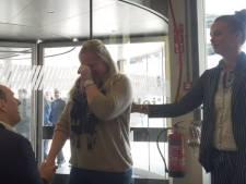 Eindhovenaar vraagt vriendin ten huwelijk in Ikea met flashmob