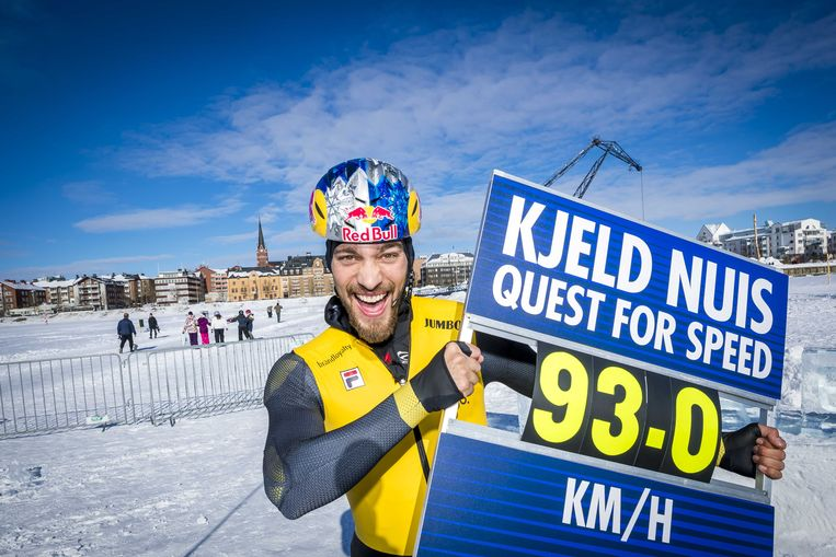 Kjeld Nuis ging na de Spelen deed ook nog een poging de snelste persoon op schaatsen te worden. Hij ging uiteindelijk 93 kilometer per uur.  Beeld ANP