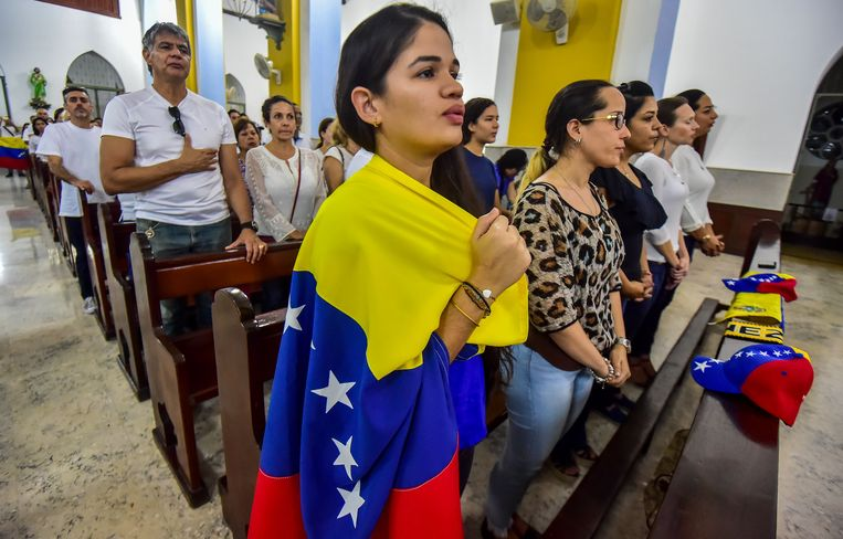 'Minstens zesduizend Venezolanen verblijven inmiddels op Curaçao, op de vlucht voor onderdrukking en sociale ellende.' Beeld AFP