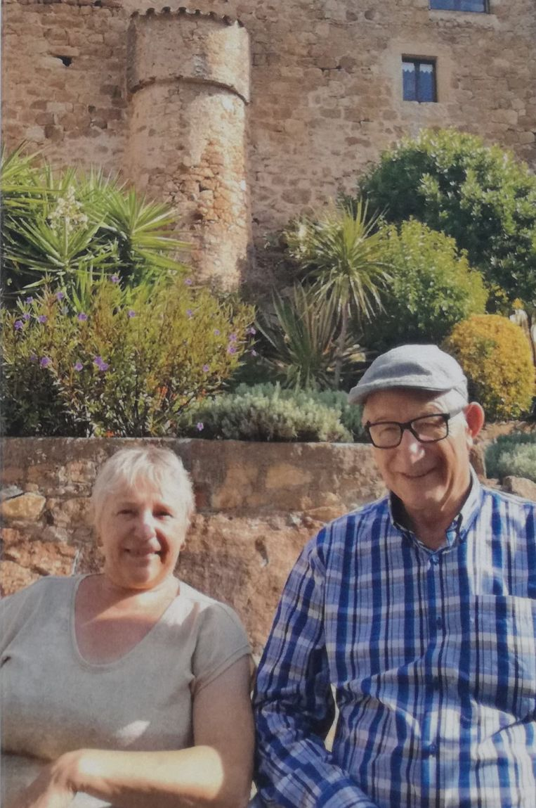 Lena en Henri kregen een sereen afscheid in Berchem (Kluisbergen).