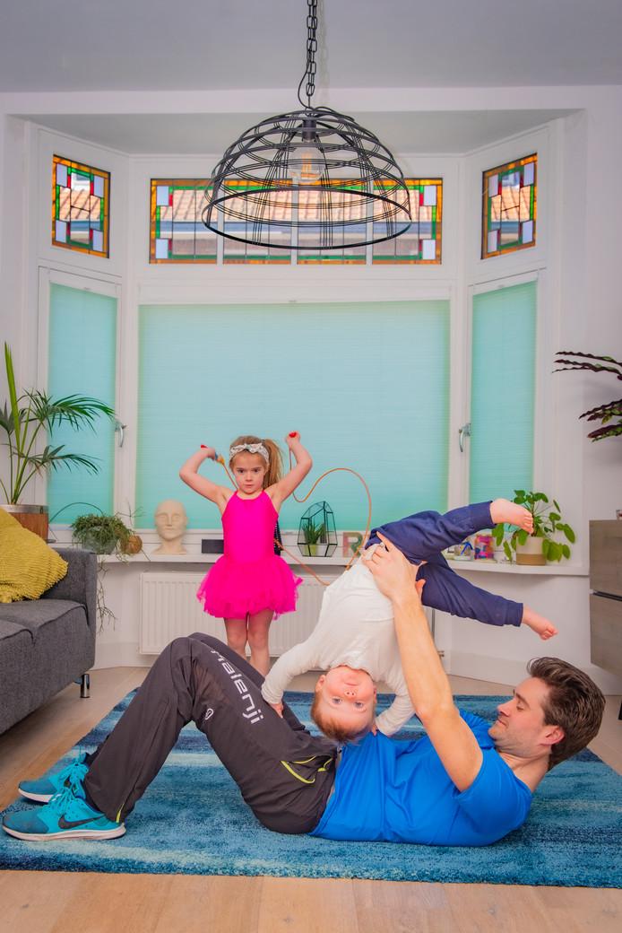 Bij AD-fotografe Daniella van Bergen wordt thuis door man en kindreen veel bewogen.