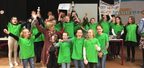 Christelijke basisschool Eben Haëzer Woudrichem wint verkeersquiz