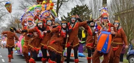 Veel vragen na carnavals-oproep Kick Out Zwarte Piet: Is een indianentooi dan racistisch?