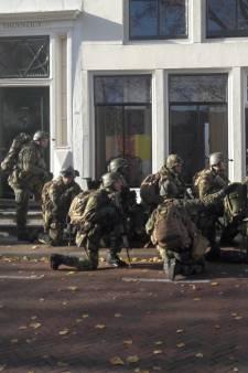 Losse flodders en Chinooks: militairen oefenen vandaag in centrum Middelburg
