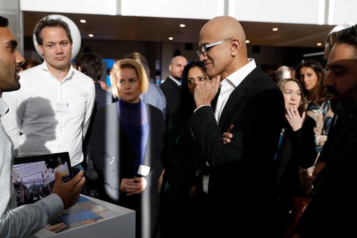 Topman Satya Nadella woensdagochtend tijdens de opening van het nieuwe kantoor van Microsoft Nederland.