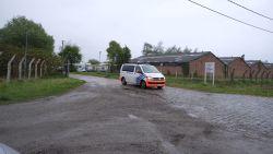 Jongetje (9) dood aangetroffen in gracht bij asielcentrum, vijf asielzoekers gearresteerd op verdenking van moord
