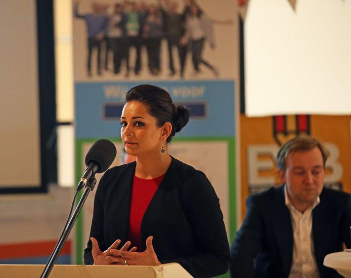 Wethouder Reshma Roopram (volksgezondheid, PvdA) lijkt de coronaregels niet te hebben overtreden, concludeert een onafhankelijk onderzoek van de gemeente Barendrecht.