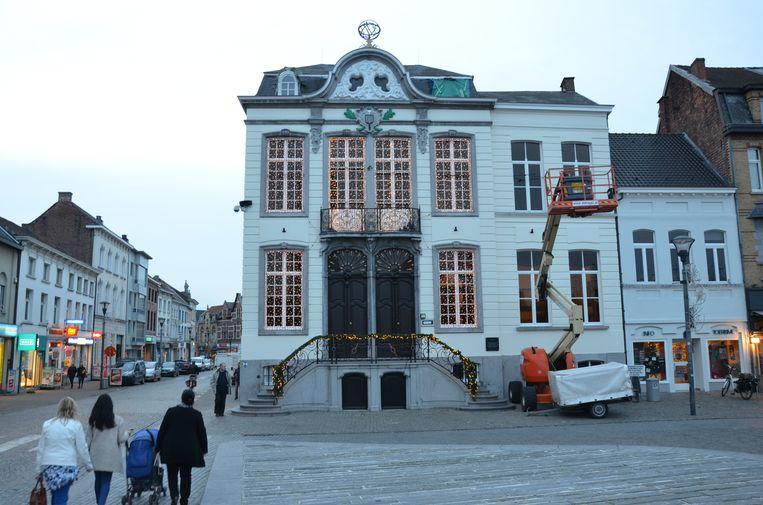 Het aantal openingsuren van het stadhuis vermindert vanaf september.