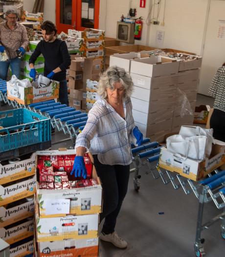 Coronacrisis zorgt voor toestroom aan klanten bij de voedselbank in Amersfoort
