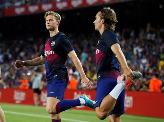 Frenkie de Jong en Antoine Griezmann spelen zaterdagavond met FC Barcelona tegen Valencia.