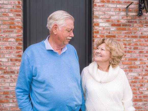Joseph en Jeannine wonen in een nieuwe houtskeletbouw in Arendonk. Hun huis werd gebouwd als proefproject voor de bouwplannen van hun dochter en schoonzoon.