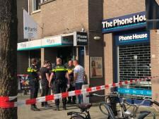 Opnieuw Phone House in regio overvallen: man wil iPhone 8 kopen en laat opeens mes zien