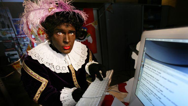Erik van Muiswinkel als de hoofdpiet, de belangrijkste Piet van Sinterklaas. Beeld anp