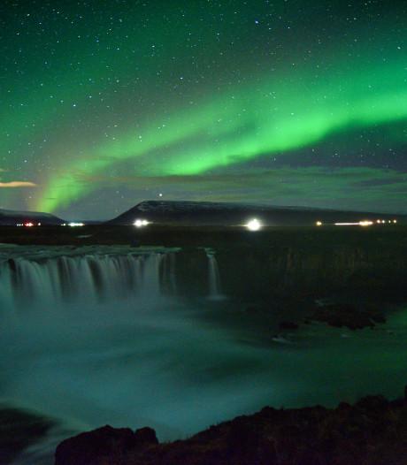 Dé attractie van IJsland, maar ook (een beetje) te zien in Nederland