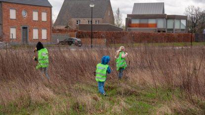 Leerlingen van Meerhoutse basisscholen vullen 70 afvalzakken met zwerfvuil