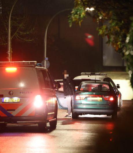 Sebastiaan uit Zwolle ziet voor z'n deur een jongen voor een tientje in elkaar worden getrapt: buurman zet achtervolging in