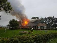 Erf onder het asbest, brand verwoest woonhuis in Staphorst
