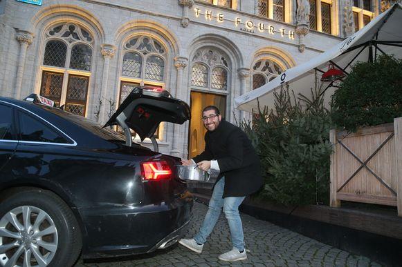 Hij ging meteen naar hotel The Fourth in Leuven, waar hij z'n eten met de taxi liet brengen.