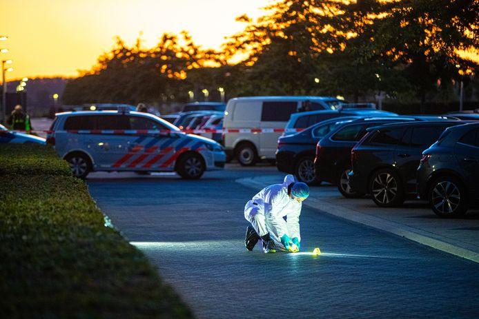 Sporenonderzoek na het schietincident aan de Zwolse Van Disselstraat, eind september.