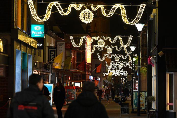 Sfeerverlichting in het centrum van Bozmeer.