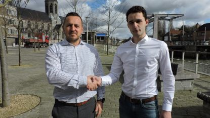 """Djaro Colpaert (23) is de nieuwe centrummanager van Deinze: """"Samenwerking en dialoog met de handelaars zijn cruciaal"""""""