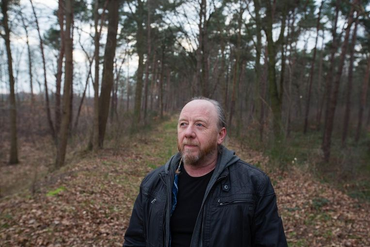 Kunstfotograaf Jonny Vekemans is de drijvende kracht achter 'Laat staan die plataan'.