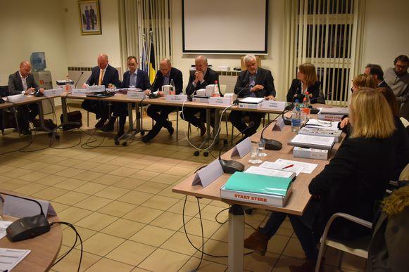 Meerderheidspartijen N-VA, CD&V+ en voorZwalm.