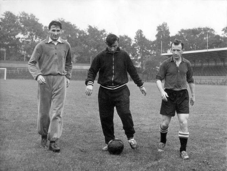 Faas Wilkes (l.) met Abe Lenstra en Kees Rijvers Beeld Hollandse Hoogte / Spaarnestad Photo